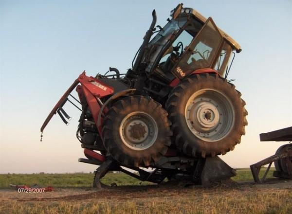 tractors_fail_03
