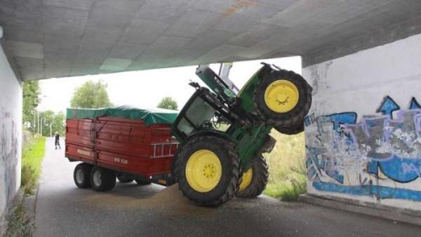 tractors_fail_08